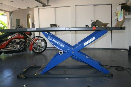 Handy Air Lift Table 1000lb For Sale in Fort Collins, Colorado