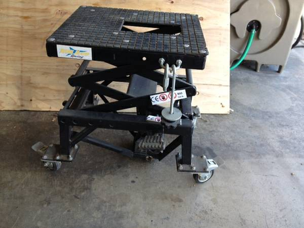 Motorcycle Lift Jack For Sale in San Fernando Valley ...