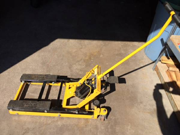 Craigslist Cocoa Beach Fl >> Motorcycle Lift Jack For Sale in Palm Harbor, Florida