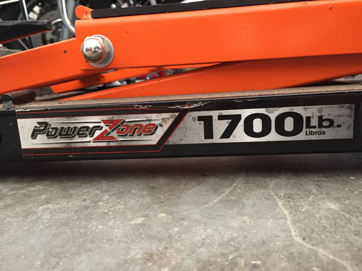 Motorcycle 1700 lb Lift Jack For Sale in Titusville, Florida