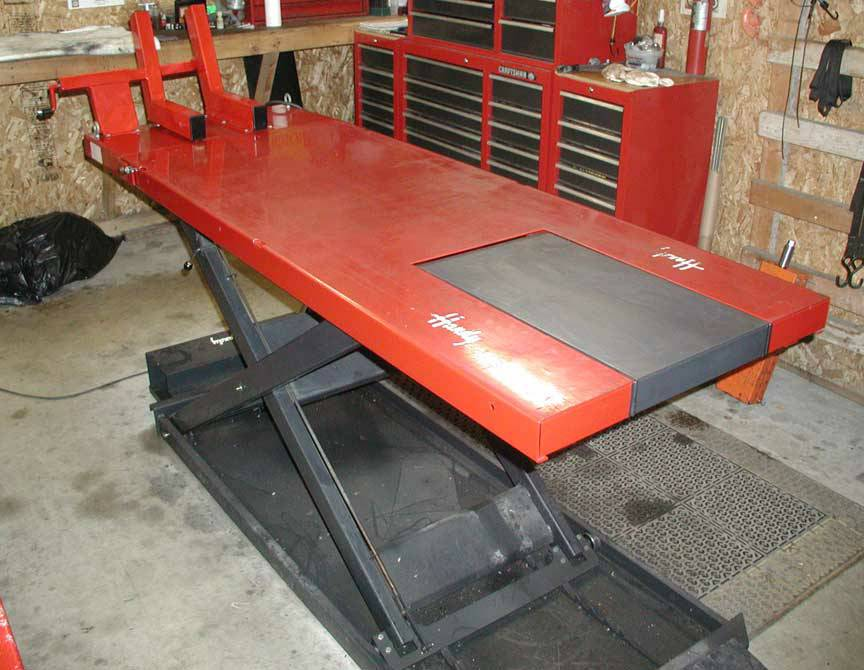 Handy Motorcycle 1500 lb Lift Table For Sale in Genoa, Ohio