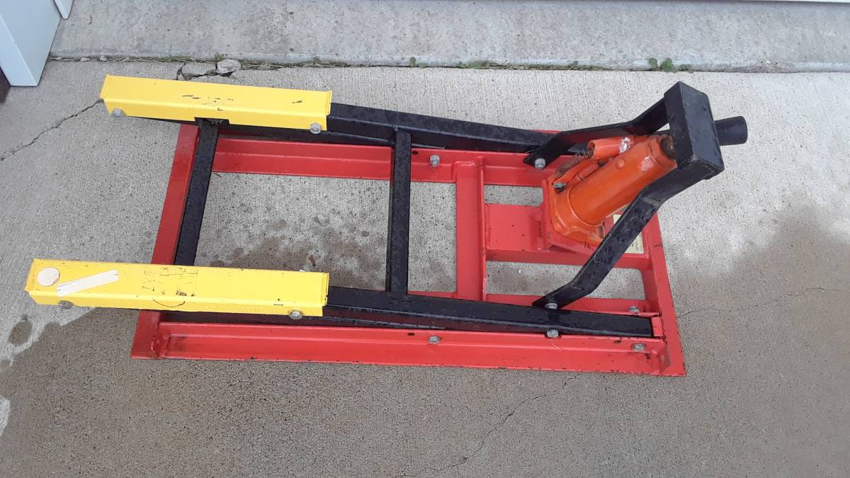 Cruiser Lift Motorcycle Jack For Sale in Rapid City, SD
